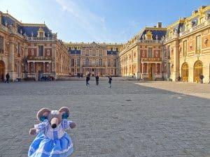 Où se garer gratuitement au Château de Versailles ?