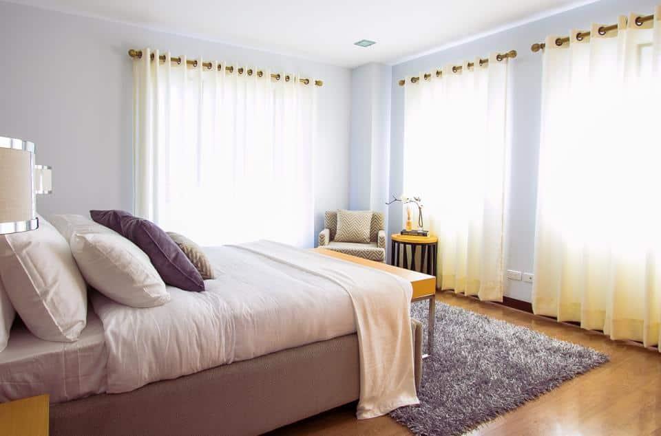 Comment disposer lit dans une chambre ?