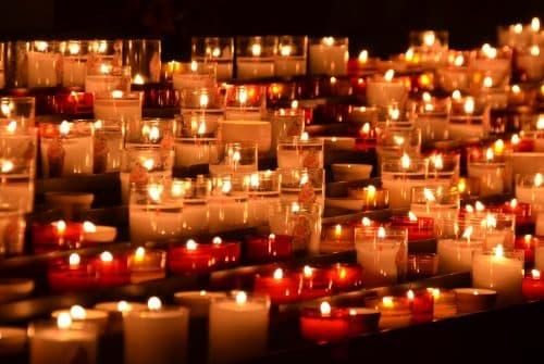 Organiser des funérailles avec une entreprise de pompes funèbres à Lyon