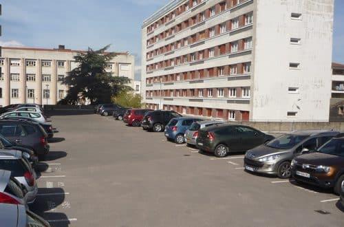 Pourquoi investir dans une place de parking ?