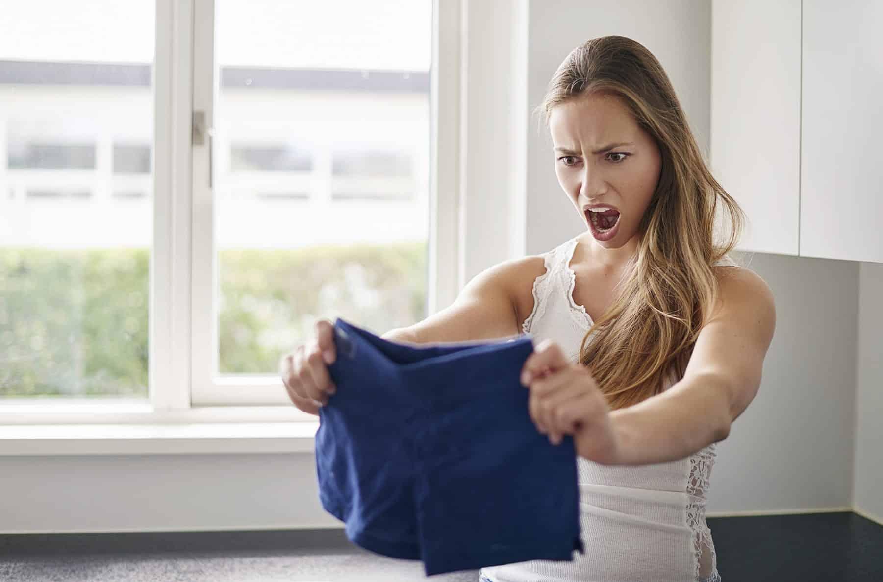 Comment récupérer un vêtement qui a rétréci dans le lavage?